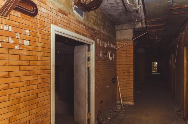 Pirmame aukšte lemputės perdegė