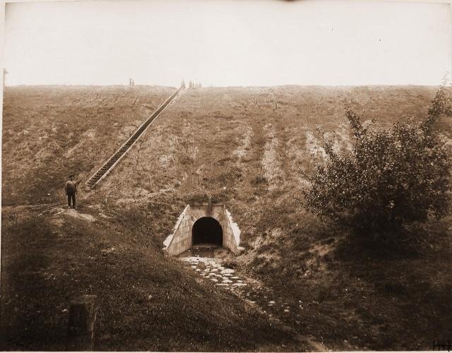 1447. Виленская губерния. Вильна. Вид каменной трубы (отверстие 1 сажень) на 660-й версте.