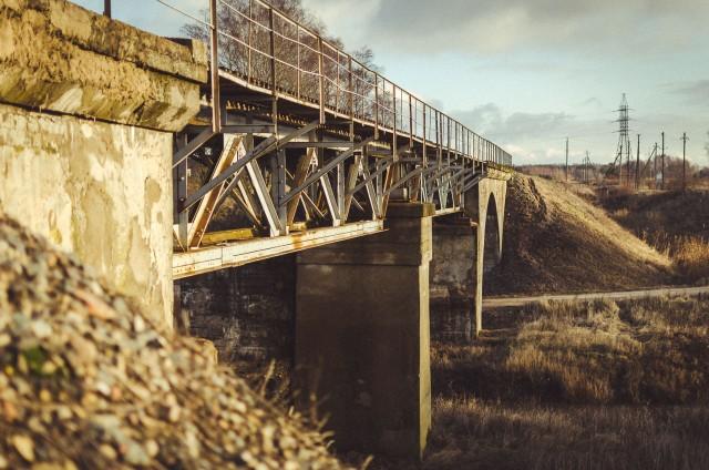 Tiltas iš pietvakarių pusės