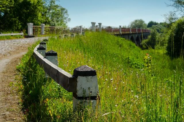 Estija. 1904 m. pastatytas 308 metrų ilgio Kasari tiltas tuo metu buvo ilgiausias gelžbetonio tiltas Europoje
