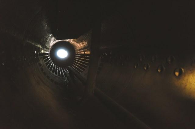 Šviesa tunelio gale