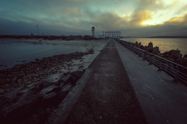 Rytas ant šiaurinio molo