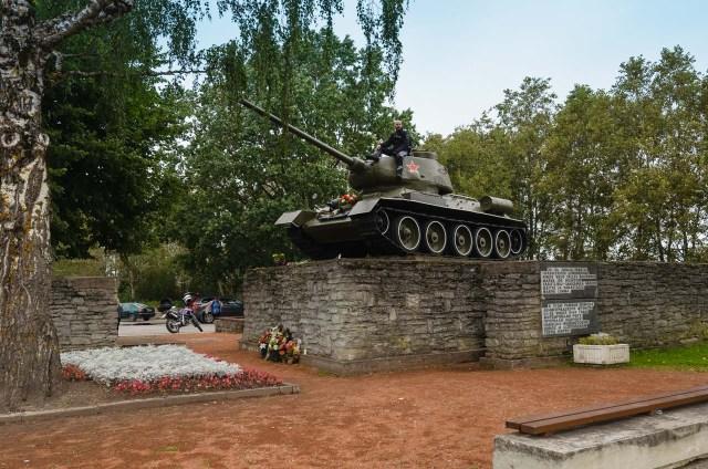 Memorialas Narvos upės forsavimui pažymėti