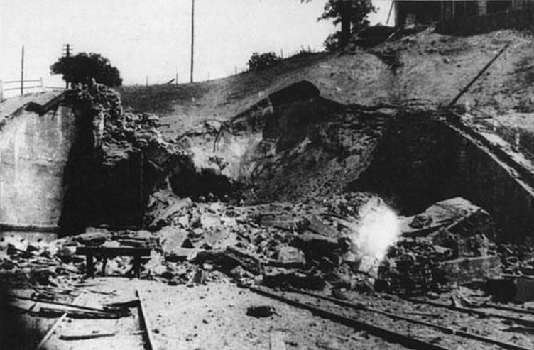 1944 m. liepos 30 d. susprogdinto tunelio situacija