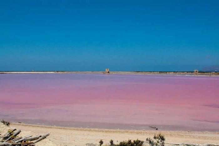 Tahiti, różowe morze, najpiękniejsze plaże w Trapani i okolicach
