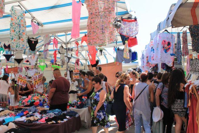 Targ w Trapani, Rynek w Trapani, Ryneczek w Trapani, Targ, zakupy w Trapani, co kupic w Trapani, gdzie na zakupy w Trapani, zakupy w Trapani, gdzie kupowac w Trapani, Trapani, Sycylia, mercatino a Trapani, sycylijskie sery