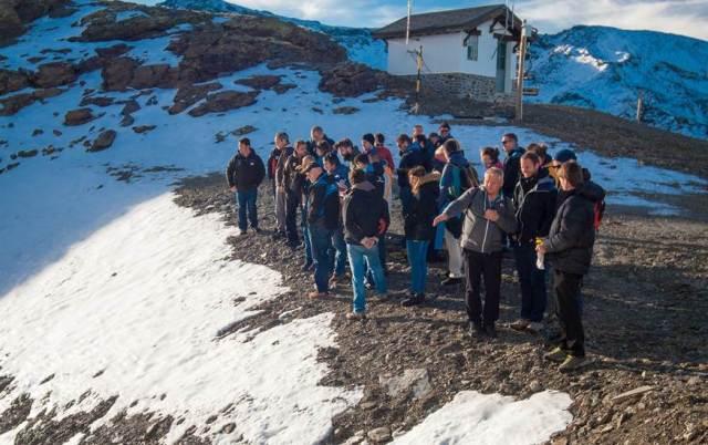 Visita de un grupo de periodistas  y responsables de la estación de las obras de Sierra Nevada 2017