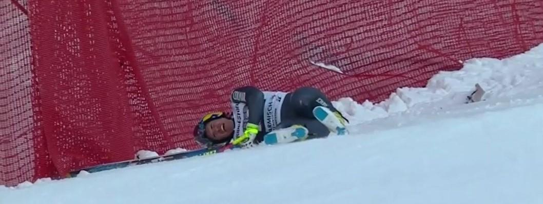 Valentin Giraud-Moine tras caerse en el descenso de la Streif de Garmisch FOTO: Eurosport