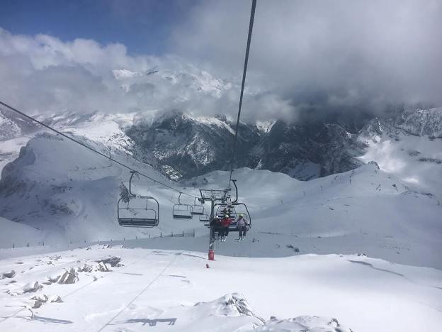 Candanchú también ha recibido una buena nevada