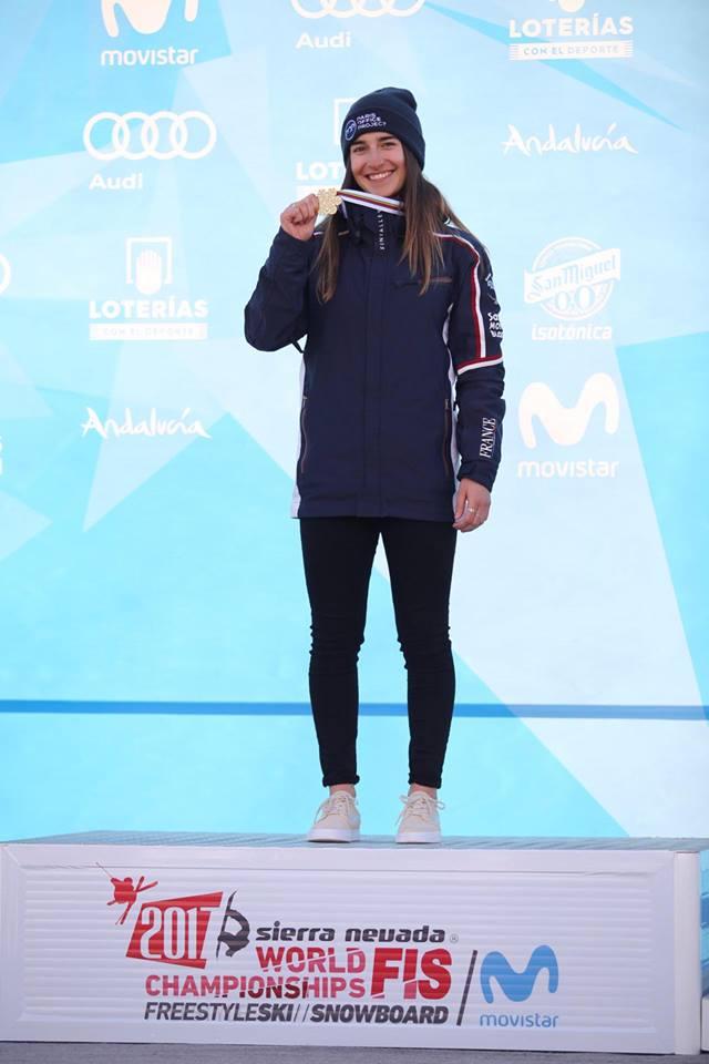 Perrine Laffont se ha colgado el oro femenino de baches paralelos FOTO: facebook laffont