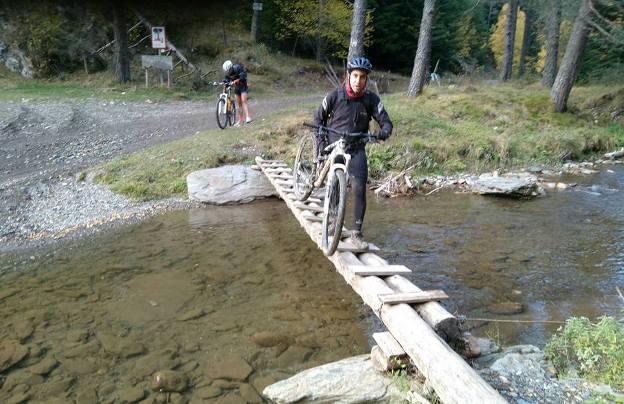 Las rutas circulares entre prados, bosques y arroyos se han convertido en el auténtico paraíso de la bicicleta de montaña