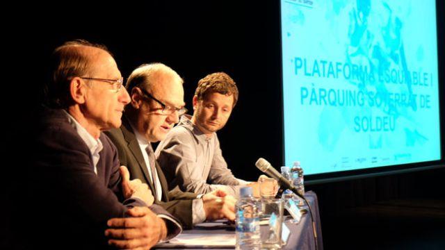 El cónsul mayor de Canillo y presidente de ENSISA, Josep Mandicó y el director general de la sociedad, Conrad Blanch durante el acto de presentación del proyecto