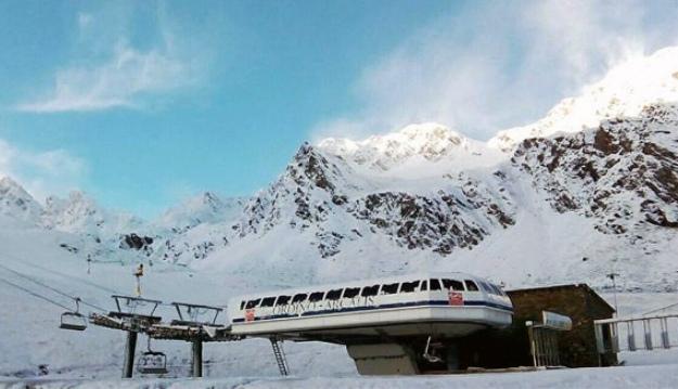 La estación andorrana podría ser comparada por St. Anton y SAETDE