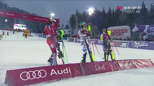Primer podio de la temporada masculina con Henrik Kristoffersen, Felix Neureuther y Mattias Hargin, de izquierda a derecha