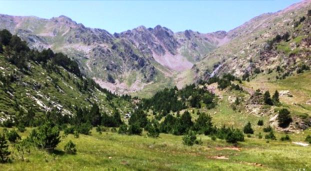 Parque Natural Comunal de los Valles del Comapedrosa