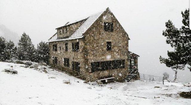 Refugio Ulldeter (Vallter 2000)