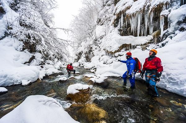 Explorar el Canyon d'Ossoue, en el idílico Valle de Gavarnie, una de las opciones para este Puente