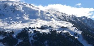 La estación aranesa abrirá parcialmente con nieve polvo