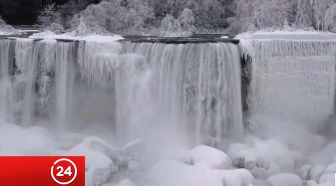 Las crestas de hielo se apoderan del Niágara