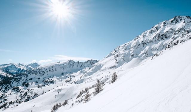 El centro cierra con un incremento de esquiadores del 11%
