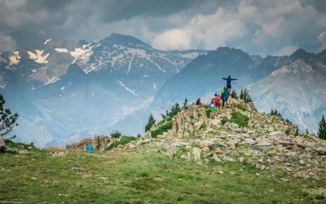 Los excursionistas podrán coronar el pico Cerler, el Cogulla o Gallinero