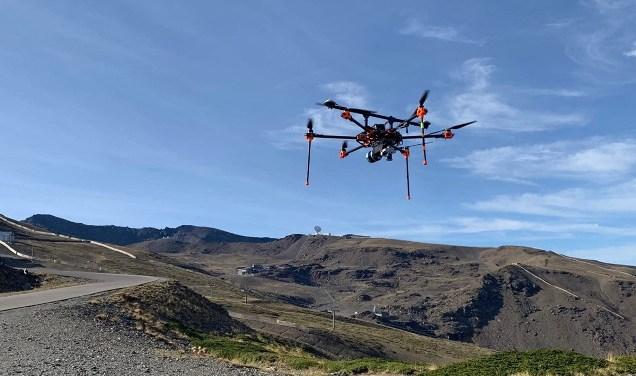 Los drones están fotografiando las pistas desde el aire