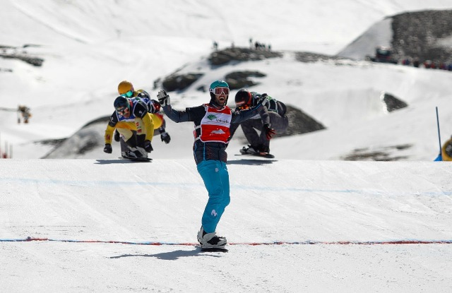 Lucas Eguibar ha dominado de principio a fin, la Copa del Mundo SBX de Sierra Nevada