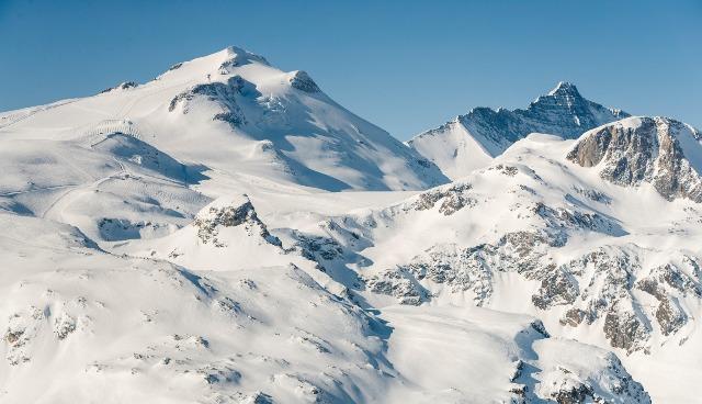 Tignes cierra los remontes con gran cantidad de nieve