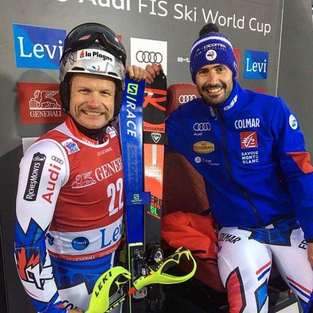 Con su compañero y amigo Jean-Baptiste Grange. FOTO: Twitter J.L.