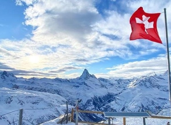 Del litigio entre la federación suiza y Wengen podría sacar provecho Zermatt. FOTO: Instagram zermatt.matterhorn