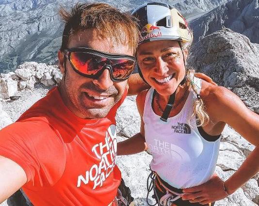 Maciel y Pou en la cima del pico Urriellu