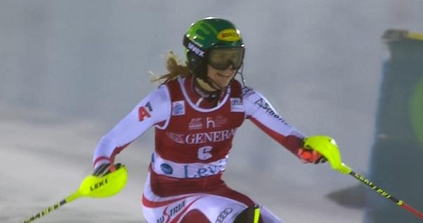 Segundo podio en dos días de Katharina Liensberger, que está adquiriendo una madurez muy prometedora.