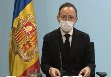 Xavier Espot, presidente del gobierno andorrano, durante la comparecencia en la que ha anunciado que se retrasa la apertura de las estaciones del país hasta principios de enero. FOTO: TV Andorra