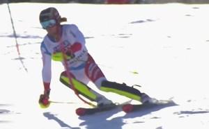 Remontada de 27 puestos de Simonet para acabar en el podio.