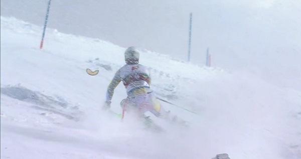 Foss-Solevaag pierde el cristal de las gafas bajo una intensa nevada.