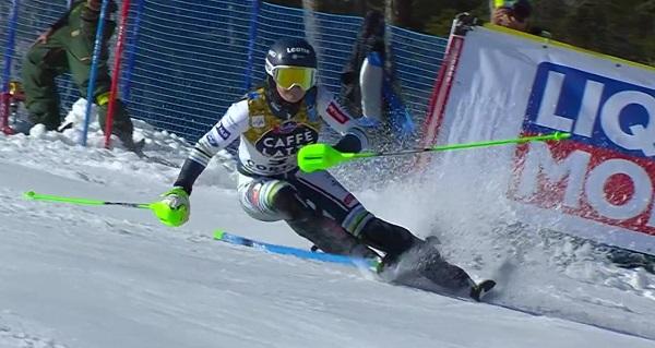 Andreja Slokar, eslovena de 23 años, ha hecho la manga de su vida en la segunda bajada y ha remontado doce puestos para acabar quinta.