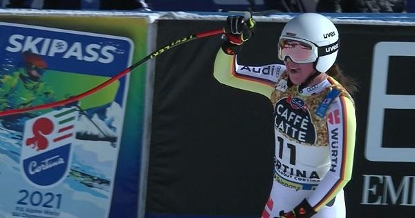 Kira Weidle se ha apuntado a la fiesta y se ha colgado la medalla de plata.