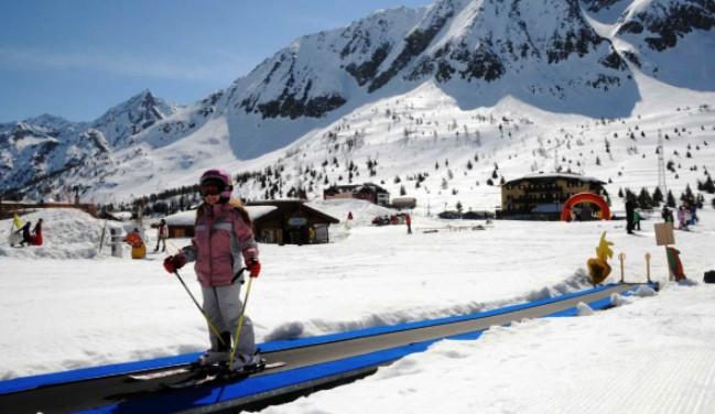 La agonía en el sector de la nieve se alargará todavía tres semanas más
