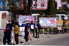 protest 5g (13)