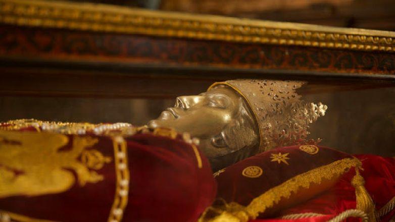 Αγρυπνία από τον Μητροπολίτη κ. Γαβριήλ ενώπιον του Τιμίου Ξύλου και των Ι. Λειψάνων της Αγ. Ελένης