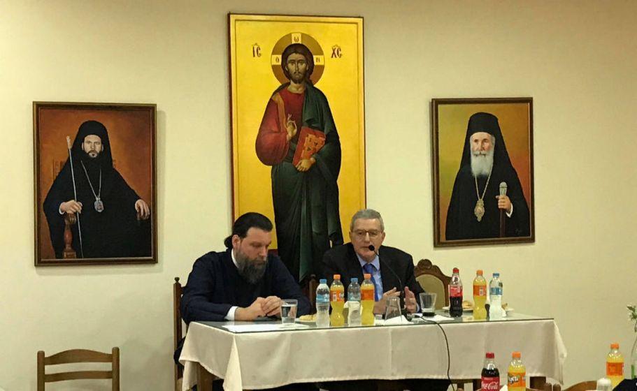 o-k-konstantinos-xolebas-sti-sunantisi-tou-mitropoliti-k-gabriil-me-tous-neous_001