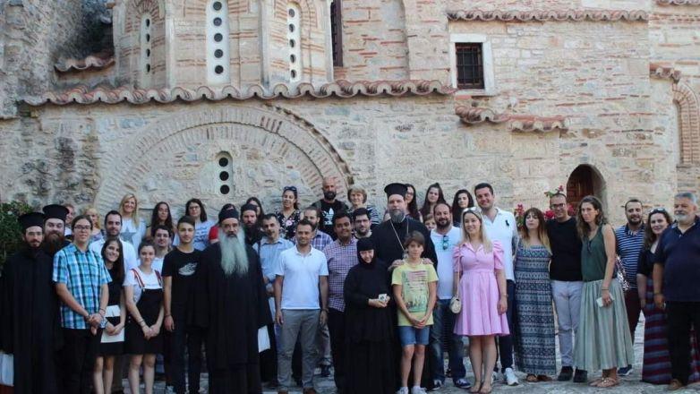 Πνευματική εξόρμηση νέων Ι.Μ. Νέας Ιωνίας στον Όσιο Μελέτιο Κιθαιρώνα
