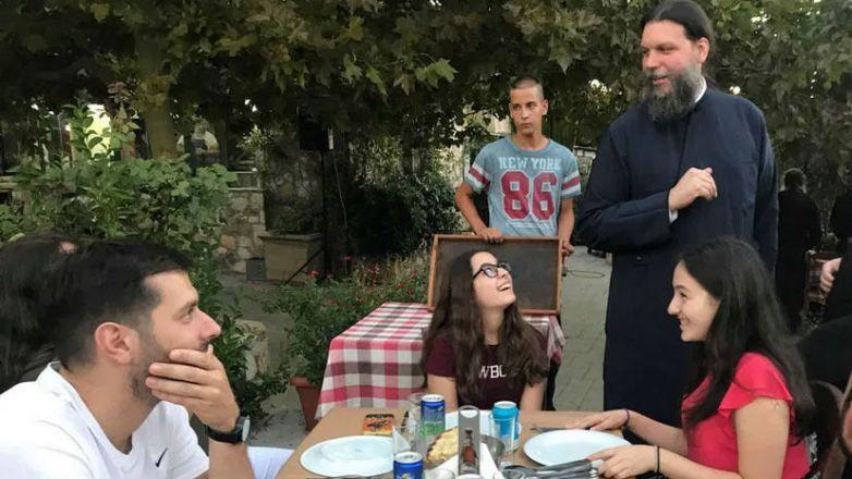 Συνάντηση Νέων με τον Μητροπολίτη κ. Γαβριήλ