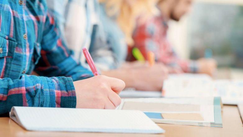 Ιερά Παράκληση για τους μαθητές που διαγωνίζονται στις πανελλήνιες εξετάσεις από τον Μητροπολίτη κ. Γαβριήλ