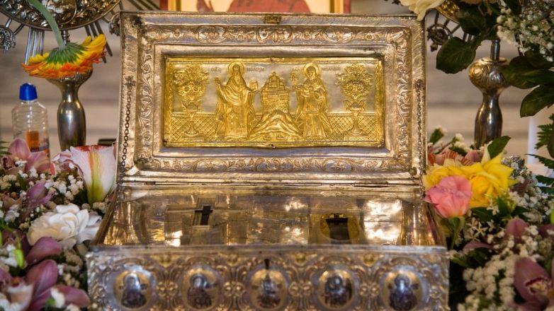 Υποδοχή Τιμίου Ξύλου και άφθαρτης χείρας Αγ. Μαρίας Μαγδαληνής στον Ι.Ν. Αγ. Τριάδος Ν. Ηρακλείου