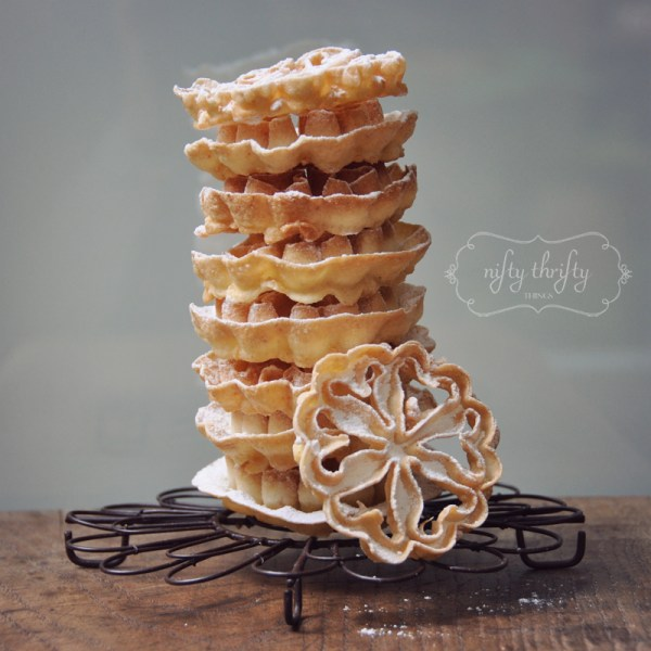 rosette waffles from {nifty thrifty things}