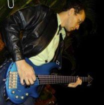 Alexander Lopez, Guitar hero