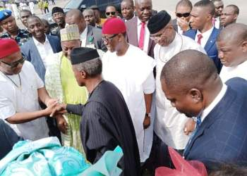 Vice President Yemi Osinbajo exchanging pleasantries from Governors Hope Uzodinma, Badaru Abubakar, Ifeanyi okowa of Imo, Jigawa and Delta state at the thanksgiving Service of Deputy President of the Senate, Senator Ovie Omo-Agege