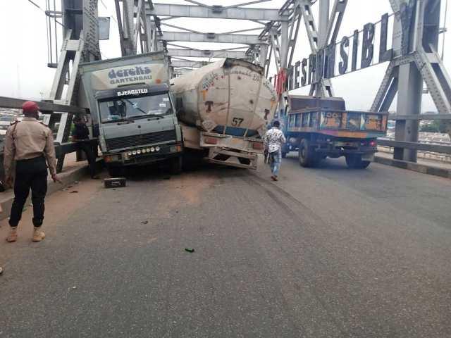 Scene of Niger Bridge accident