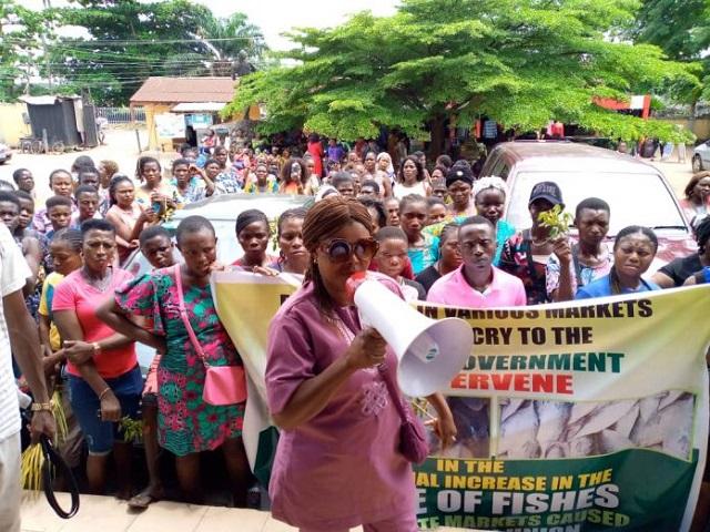 Protesting Edo fish sellers in Benin